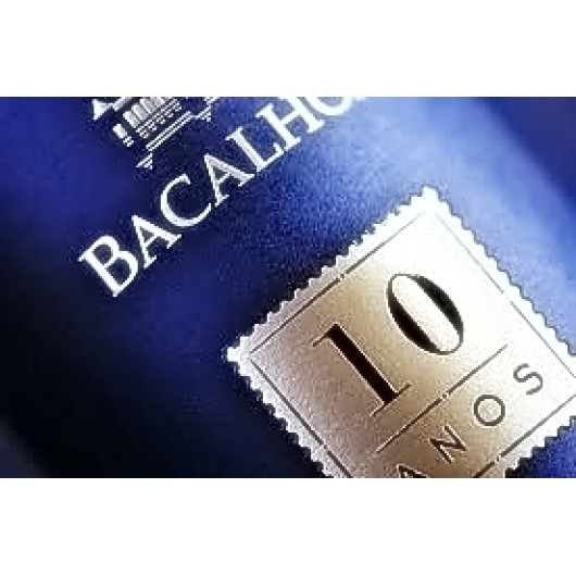 Moscatel Bacalhôa Roxo Superior 10 Anos 2004 0.75L